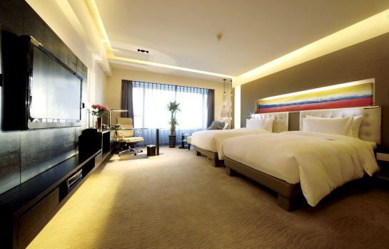 Double room (standard) Furama Hotel West Wing