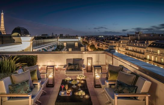 Terrace The Peninsula Paris