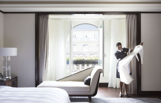 Suite The Peninsula Paris