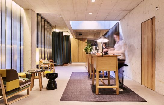 Empfang Nomad Design & Lifestyle Hotel