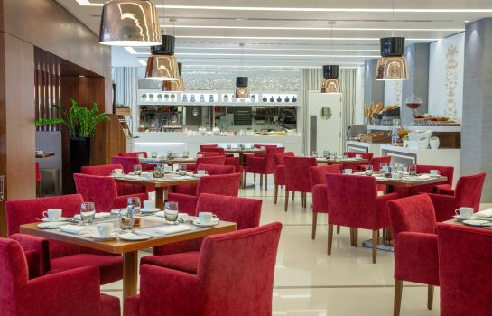Breakfast room Burgu Arjaan by Rotana