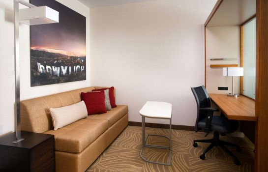Habitación SpringHill Suites Los Angeles Burbank/Downtown