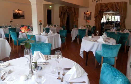 Restaurant Derougemont Manor Hotel & Suites