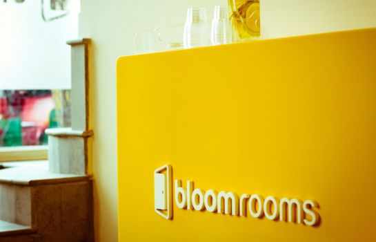 Hall bloomrooms @ New Delhi Railway Station