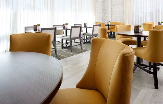 Restaurant Hyatt Place Miami Airport East