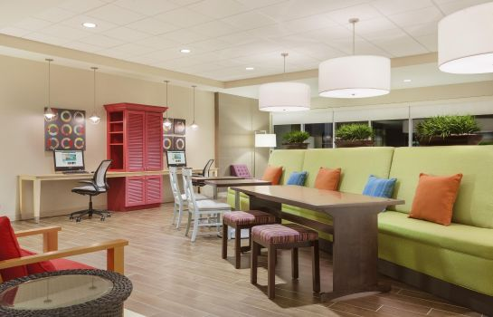 Lobby Home2 Suites by Hilton Canton