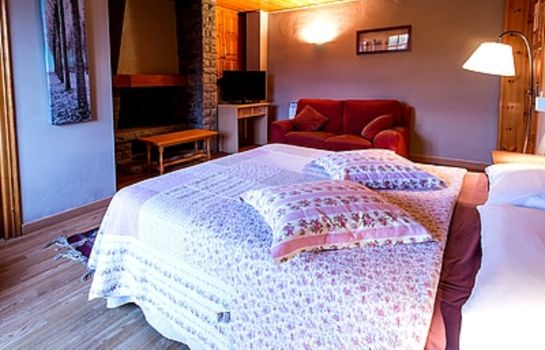 Double room (standard) Hotel Esquirol Logis