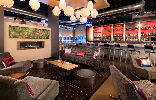 Hotel bar Aloft Denver Downtown