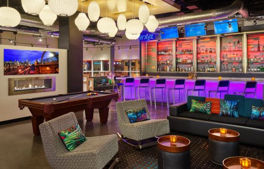 Bar hotelowy Aloft Denver Downtown