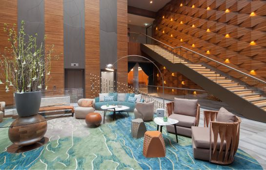 hotel titanic berlijn toeristenstad