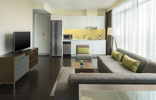 Zimmer Element Vancouver Metrotown