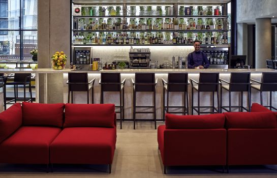 Hotel-Bar Pullman Paris Roissy-CDG Airport