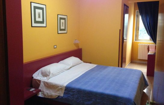 Double room (standard) Cristal Hotel