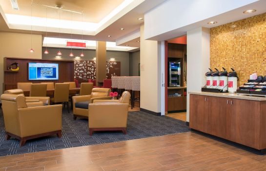 Hall TownePlace Suites Champaign Urbana/Campustown
