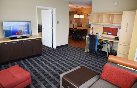 Suite TownePlace Suites Lawrence Downtown