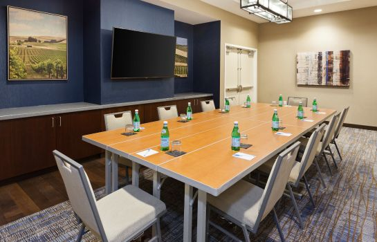 Conference room SpringHill Suites Paso Robles Atascadero