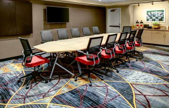 Conference room TownePlace Suites Bakersfield West