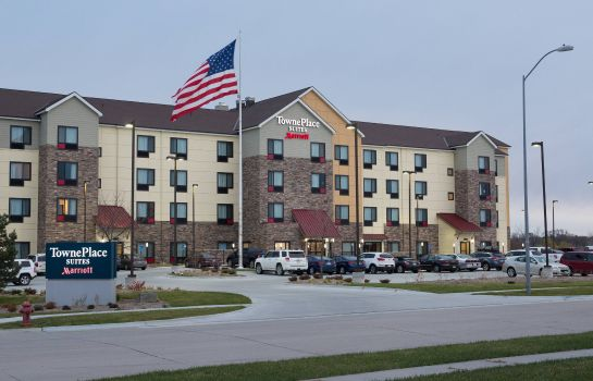 Vista esterna TownePlace Suites Lincoln North