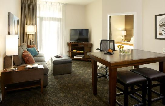 Suite Hyatt House Falls Church