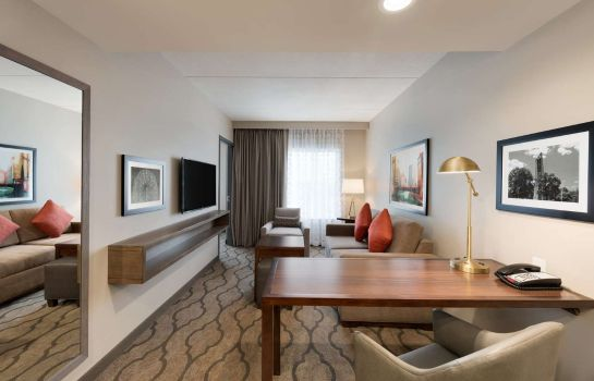 Kamers Embassy Suites by Hilton Chicago Naperville