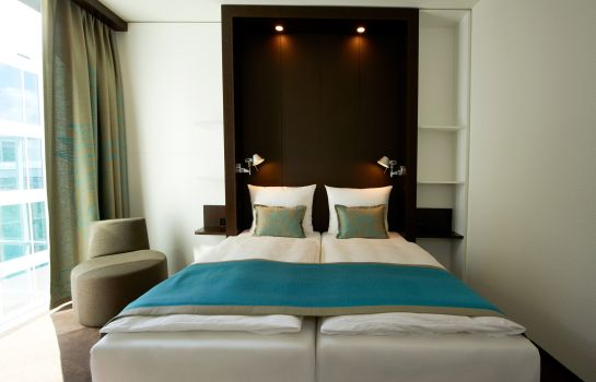 Double room (standard) Motel One Amsterdam