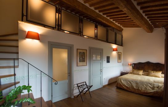 Four-bed room Palazzo Pacini