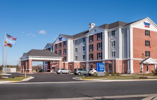 Buitenaanzicht Fairfield Inn & Suites Easton