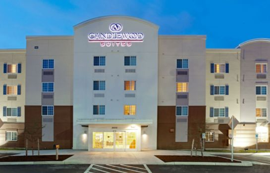 Widok zewnętrzny Candlewood Suites ST. CLAIRSVILLE