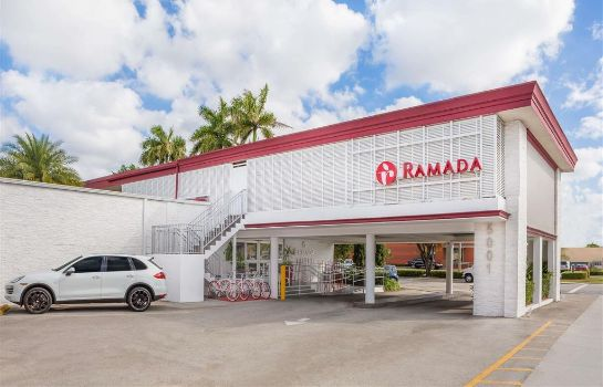 Außenansicht Ramada by Wyndham Miami Springs/Miami International Airport
