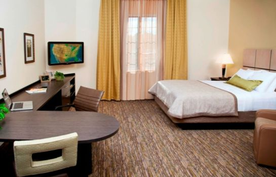Zimmer Candlewood Suites ST. CLAIRSVILLE