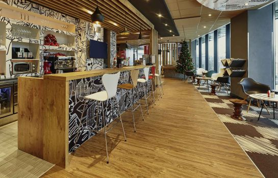 Bar del hotel ibis Krasnoyarsk Center