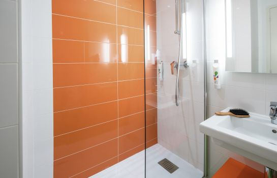 Camera ibis Styles Toulouse Labège