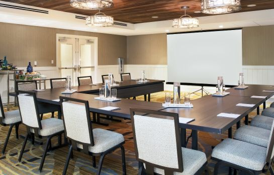 Conference room Playa Largo Resort & Spa Autograph Collection