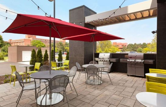 Restaurant Home2 Suites by Hilton Albany Airport-Wolf Rd