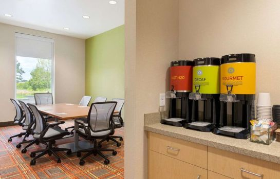 Conference room Home2 Suites by Hilton Albany Airport-Wolf Rd