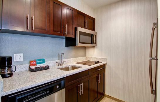 Bar del hotel Homewood Suites by Hilton Clifton Park