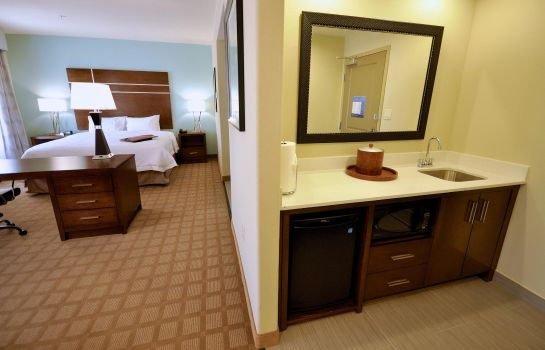 Bar hotelowy Hampton Inn and Suites Hutto