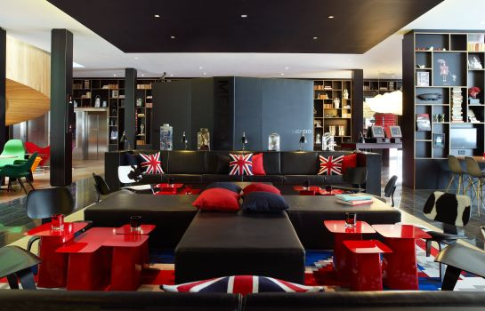 Hall citizenM London Bankside