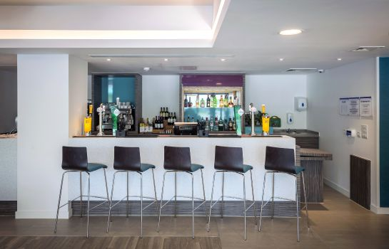 Bar de l'hôtel Holiday Inn Express MIDDLESBROUGH - CENTRE SQUARE