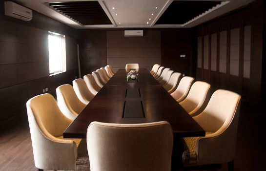 Meeting room Hotel One Downtown Lahore