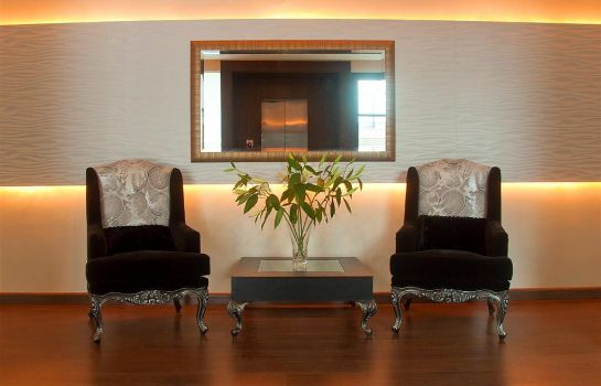 Lobby Hotel One Downtown Lahore