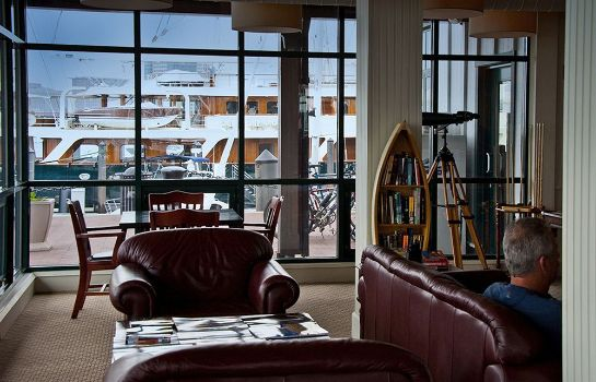 Vista all'interno Boston Yacht Haven Inn & Marina