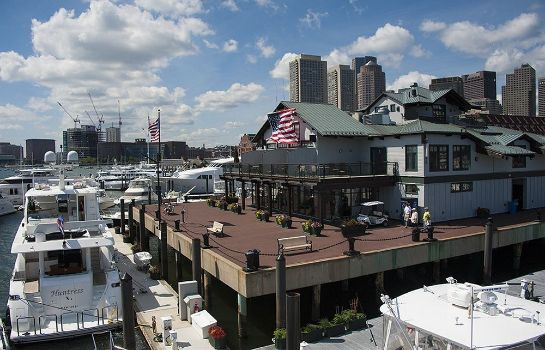 Ambiente Boston Yacht Haven Inn & Marina