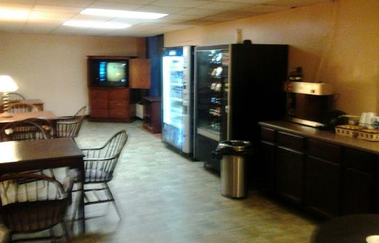 Information Westmont Inn & Suites