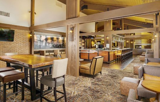 Bar del hotel Riverhouse on the Deschutes