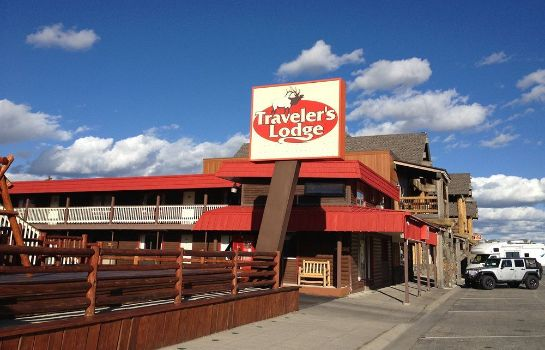 Exterior view Traveler's Lodge