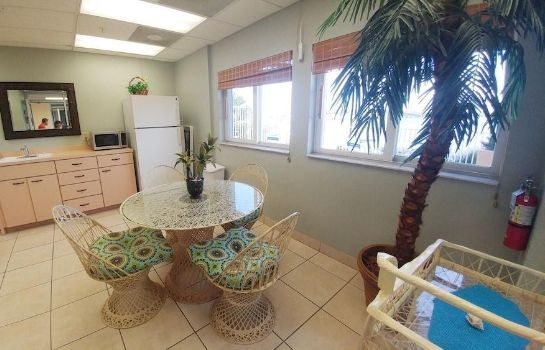 Besprechungszimmer Lovers Key Beach Club by Check In Vacation Rentals