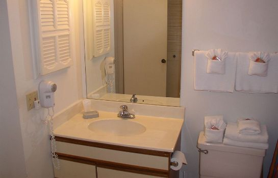 Badezimmer Lovers Key Beach Club by Check In Vacation Rentals