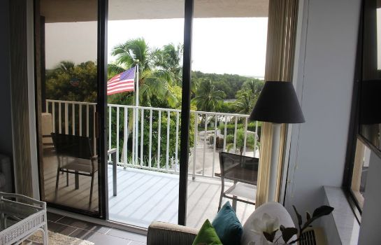 Terrace Lovers Key Beach Club by Check In Vacation Rentals