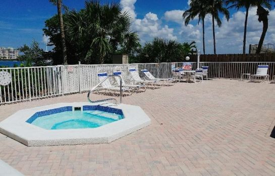 Whirlpool Lovers Key Beach Club by Check In Vacation Rentals